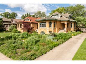 Property for sale at 1210 N Grove Avenue, Oak Park,  Illinois 60302