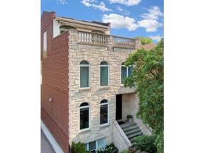 Property for sale at 1542 W Oakdale Avenue, Chicago,  Illinois 60657