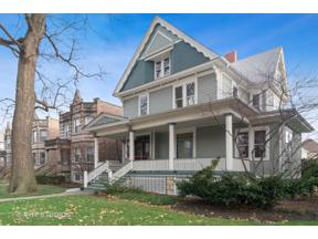 Property for sale at 232 S Kenilworth Avenue, Oak Park,  Illinois 60302