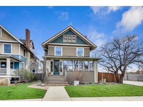 Property for sale at 858 S Kenilworth Avenue, Oak Park,  Illinois 60304