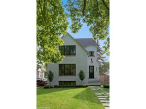 Property for sale at 2201 Lincolnwood Drive, Evanston,  Illinois 60201