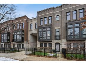Property for sale at 2902 N Paulina Street, Chicago,  Illinois 60657