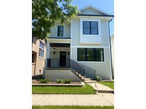 Property for sale at 1106 S Grove Avenue, Oak Park,  Illinois 60304