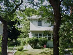 Property for sale at 2304 W Estes Avenue, Chicago,  Illinois 60645
