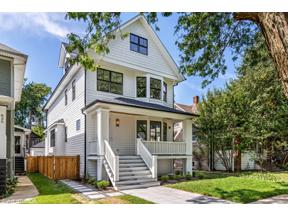 Property for sale at 741 S Cuyler Avenue, Oak Park,  Illinois 60304