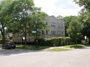 Property for sale at 620 Barton Avenue, Evanston,  Illinois 60202