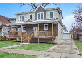 Property for sale at 815 N Lombard Avenue, Oak Park,  Illinois 60304
