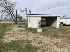 Property for sale at 104 E Superior Street, Irvington,  Illinois 62848