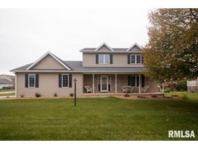 Property for sale at 704 S 8th Street, Eldridge,  Iowa 52748