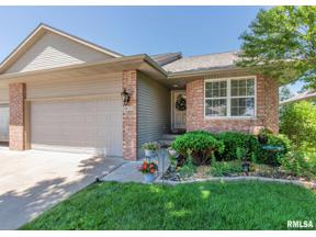 Property for sale at 5032 56th Avenue Court, Bettendorf,  Iowa 52722