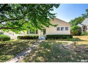 Property for sale at 3024 Tremont Avenue, Davenport,  Iowa 52803