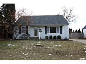 Property for sale at 620 28th Avenue, East Moline,  Illinois 61244