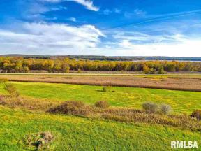 Property for sale at 3484 Old Highway Road, Muscatine,  Iowa 52761