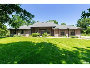 Property for sale at 3900 Valley Oaks Drive, Clinton,  Iowa 52732