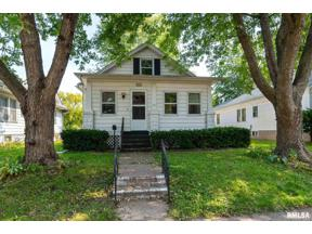 Property for sale at 2027 Myrtle Street, Davenport,  Iowa 52804