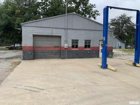 Property for sale at 1314 S Locust Street, Centralia,  Illinois 62801