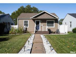 Property for sale at 5225 11Th Avenue C, Moline,  Illinois 61265
