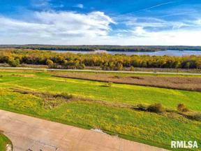 Property for sale at 3492 Old Highway Road, Muscatine,  Iowa 52761