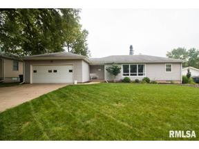 Property for sale at 1733 E 31st Street, Davenport,  Iowa 52807