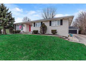 Property for sale at 9530 Dogwood Drive, Munster,  Indiana 46321