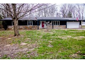 Property for sale at 9182 North Cherry Hills Drive, Columbus,  Indiana 47201