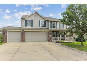 Property for sale at 974 Foxtail Drive, Franklin,  Indiana 46131
