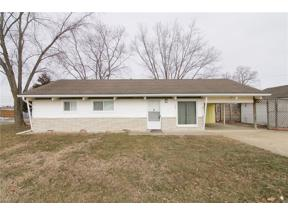 Property for sale at 500 Sunset Drive, Edinburgh,  Indiana 46124