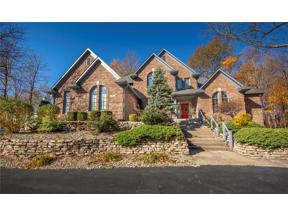 Property for sale at 105 South Creedmoor Way, Anderson,  Indiana 46011