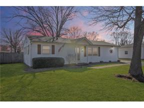 Property for sale at 203 Center Drive, Mooresville,  Indiana 46158