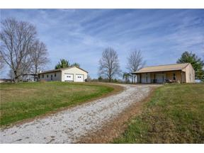 Property for sale at 7675 South 250 W, Trafalgar,  Indiana 46181