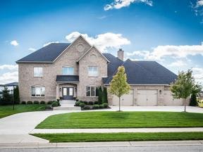 Property for sale at 11983 Hawthorn Ridge, Fishers,  Indiana