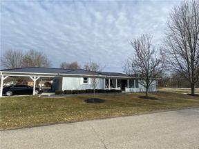 Property for sale at 2810 North Fleming Circle, Shelbyville,  Indiana 46176