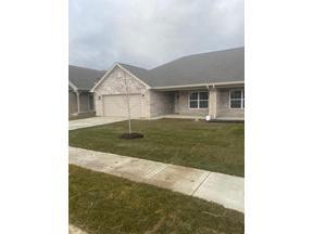Property for sale at 102 Elliott Avenue, Trafalgar,  Indiana 46181