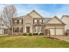 Property for sale at 5729 Fairbourne Court, Carmel,  Indiana 46033