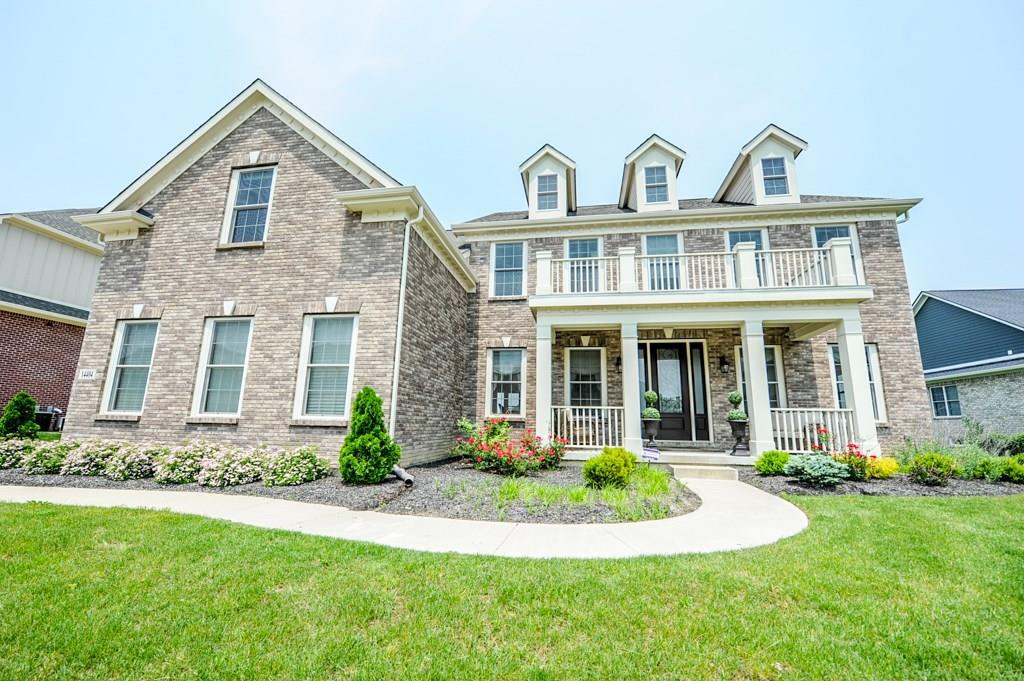 Photo of home for sale at 14404 Gainesway Circle, Fishers IN