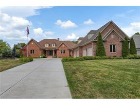 Property for sale at 280 Bentley Drive, Zionsville,  Indiana 46077