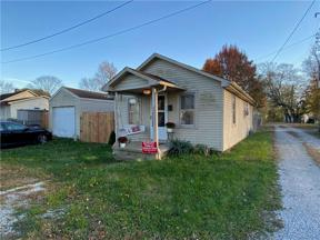 Property for sale at 1621 Vermont Avenue, Columbus,  Indiana 47201