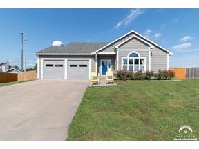 Property for sale at 910 Peach Ct, Eudora,  Kansas 66025