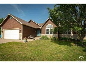 Property for sale at 1005 Lisa Court, Baldwin City,  Kansas 66006