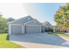 Property for sale at 4404 Roundabout Circle, Lawrence,  Kansas 66049