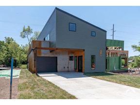Property for sale at 713 Beatnik Court, Lawrence,  Kansas 66044