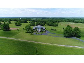 Property for sale at 3022 Oak Hill Lane, Versailles,  Kentucky 40383