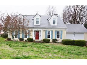 Property for sale at 124 Pin Oak Drive, Lancaster,  Kentucky 40444