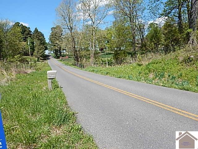 Photo of home for sale at 6331 Contest Rd, Paducah KY
