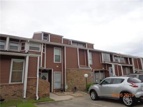 Property for sale at 75 AVANT GARDE Circle 75, Kenner,  LA 70065