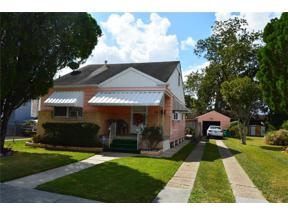 Property for sale at 512 N WOODLAWN Avenue, Metairie,  Louisiana 70001