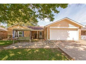 Property for sale at 392 LONGWOOD Drive, Destrehan,  LA 70047