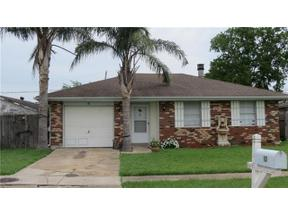 Property for sale at 10 INCARNATE WORD Drive, Kenner,  LA 70065