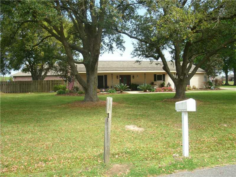 Photo of home for sale at 1748 Dove / Nelson Lane, Lake Charles LA