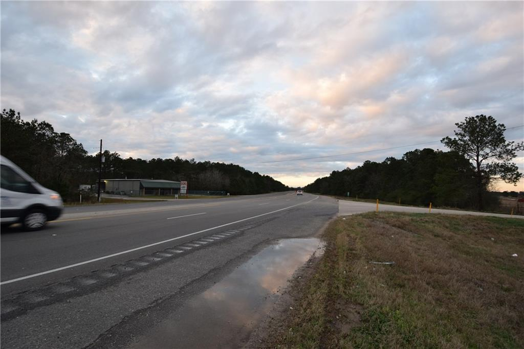 Photo of home for sale at Beglis Parkway, Sulphur LA